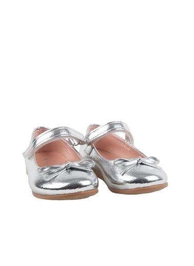 Kids A More Jessica Tek Cırtlı Pu Deri Kız Çocuk Babet Ayakkabı  Gümüş